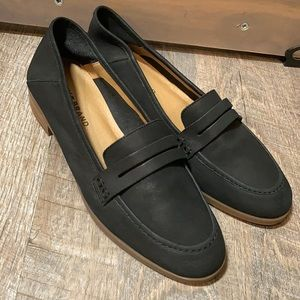 NWT Lucky Brand black leather loafers